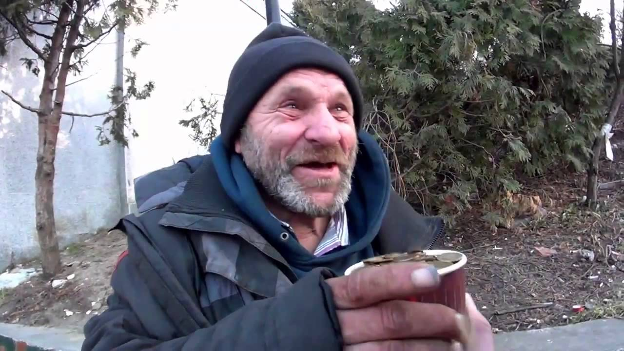 MAGIC TRICK -Makes a Homeless Man Very Happy - YouTube