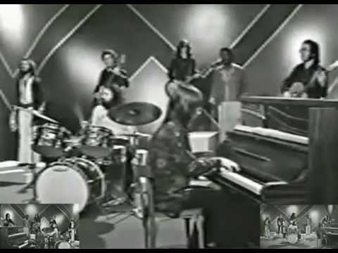Los Pop Tops - Mamy Blue (videoclip)