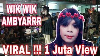 Download lagu Lucu Banget Pengamen Jalanan Wik-wik Ambyar Saat Manggung Dimalioboro Yogyakarta