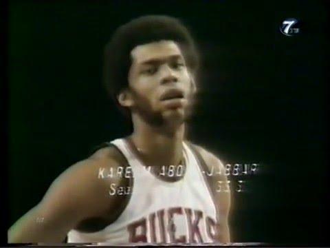 Season 1971-1972  Lakers vs. Bucks