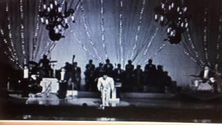 昭和40年東京宝塚劇場にてクレージーキャッツ結成10周年コンサートが開...