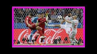 Tenhle trik se nepovedl! Íránský obránce zaujal proti Španělsku kotrmelcem při vhazování