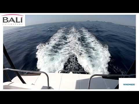 Navegando en el Bali 4.3 MY | Windmade Peru