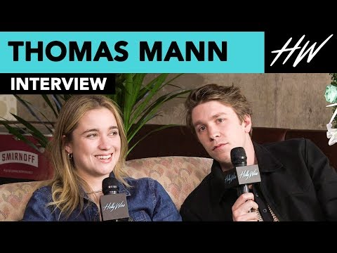 """Them That Follow"" Thomas Mann & Alice Englert Talk Handling 'Deadly' Snakes On-set!! 