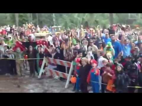 2020 Cub Halloween La No Che Camp La  No Che Cub Halloween Camp 3 costume Parade Gatheri   YouTube