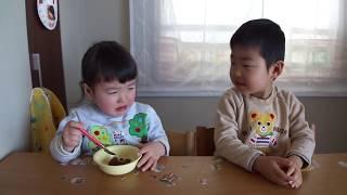 もも、せんのすけにケーキをとられ泣く thumbnail