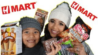 TRYING JAPANESE CANDY WITH MY  DAUGHTER! **FUNNY**