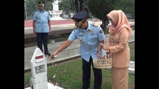Upacara Tabur Bunga di Taman Makam Pahlawan Dalam Rangka HDKD 2019
