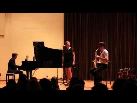 Moon River (Audrey Hepburn) USK Acoustic Mic Lounge cover