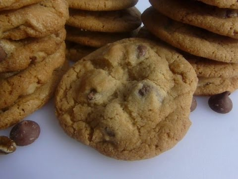 american chocolate chip cookies how to make chocolate chip cookies w wo nuts recipe youtube. Black Bedroom Furniture Sets. Home Design Ideas
