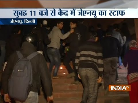 JNU students 'gherao' admin block over compulsory attendance issue