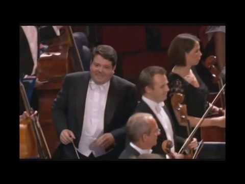 Bach-Stokowski - Toccata and Fugue in d minor - Andrew Litton conducts