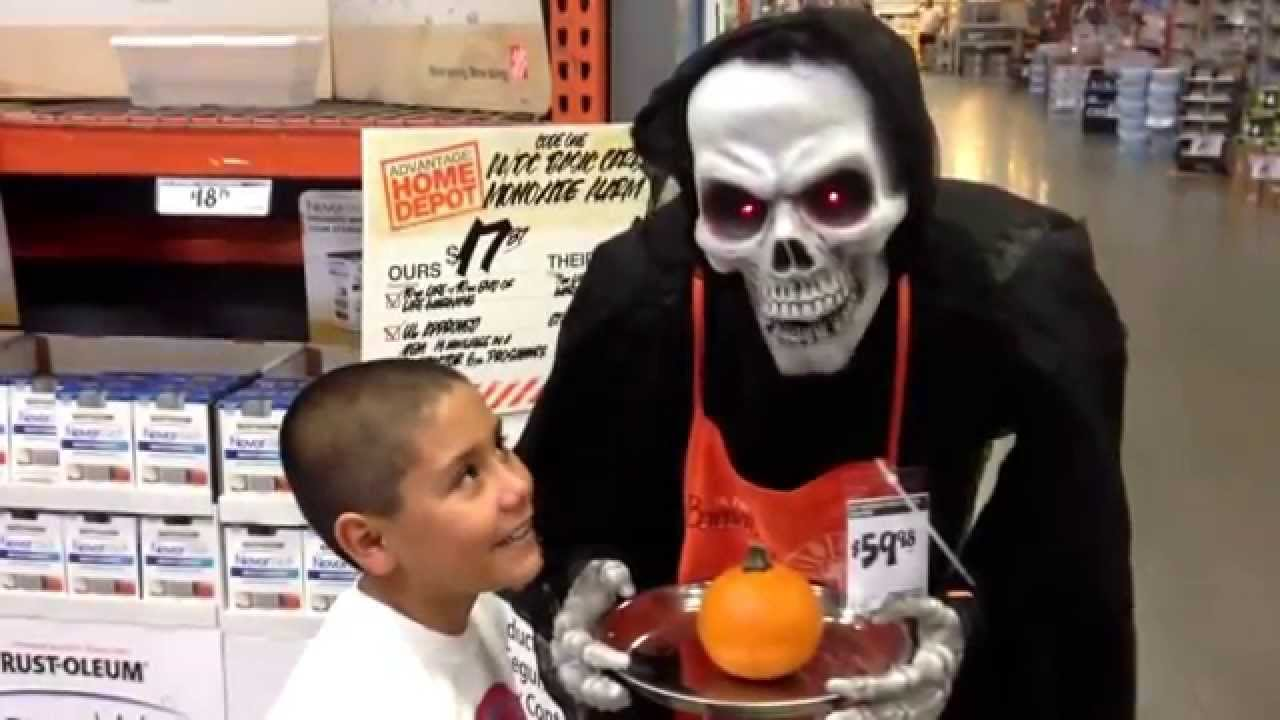 Our happy halloween home depot 2013 youtube for Home depot halloween decorations 2013