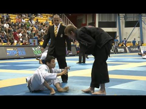 Paulo Miyao vs Keenan Cornelius / World Championship 2013