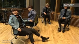 B1A4 is playing with a chair [테이의 꿈꾸는 라디오] 20161206