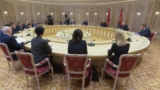 Лукашенко провел встречу с губернатором Калининградской области России