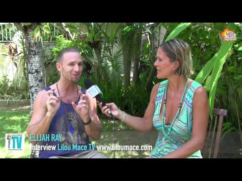 Bring the light with music & co-creating all together - Elijah Ray, Bali