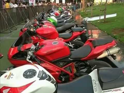 Motorbikes Exhibition in 'Cultural capital of Maharastra', Pune