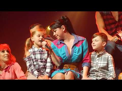 Steps; Kids on stage; Husbands watching; Wembley 25-11-2017; Party on the Dancefloor