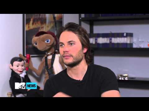 Taylor Kitsch shares his drunk tank story