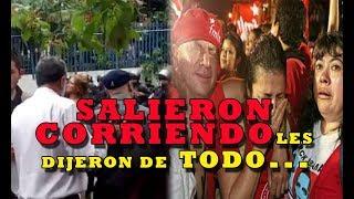 DIPUTADOS DEL FMLN RECIBEN TREMENDO AWEBON de manifestantes
