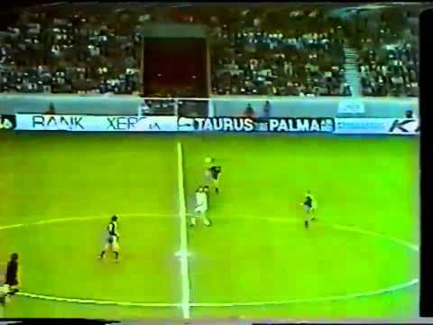 Rob Rensenbrink vs Austria Vienna - 1977-78 Cup Winners Cup Final