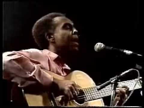 Gilberto Gil '' Ciúme '' - Carlos Lyra -  ( show realizado na década de 80 )