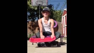 How to: heel flip on yo baby kick flipper