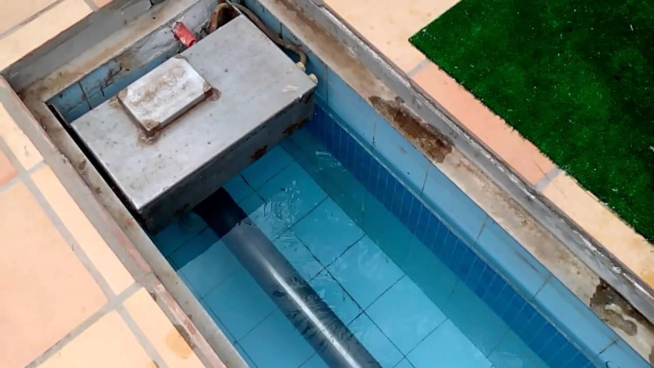 Schwimmbadabdeckung reinigung