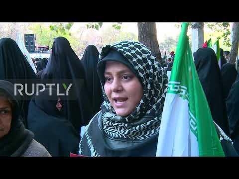 Iran: Crowds fill