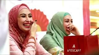 Video Candid Meet & Greet with Annisa Trihapsari dan Dina Lorenza di Mega Mall Batam download MP3, 3GP, MP4, WEBM, AVI, FLV September 2018