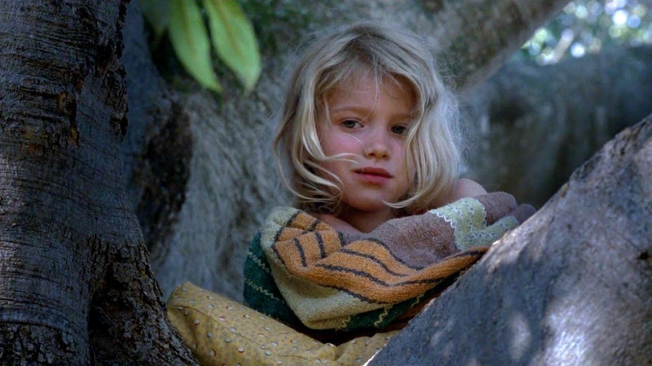 【越哥】爸爸死后,8岁女孩在树上生活了10个月,冷门治愈系电影《树》