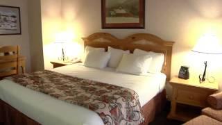 The Inn- King Deluxe Room