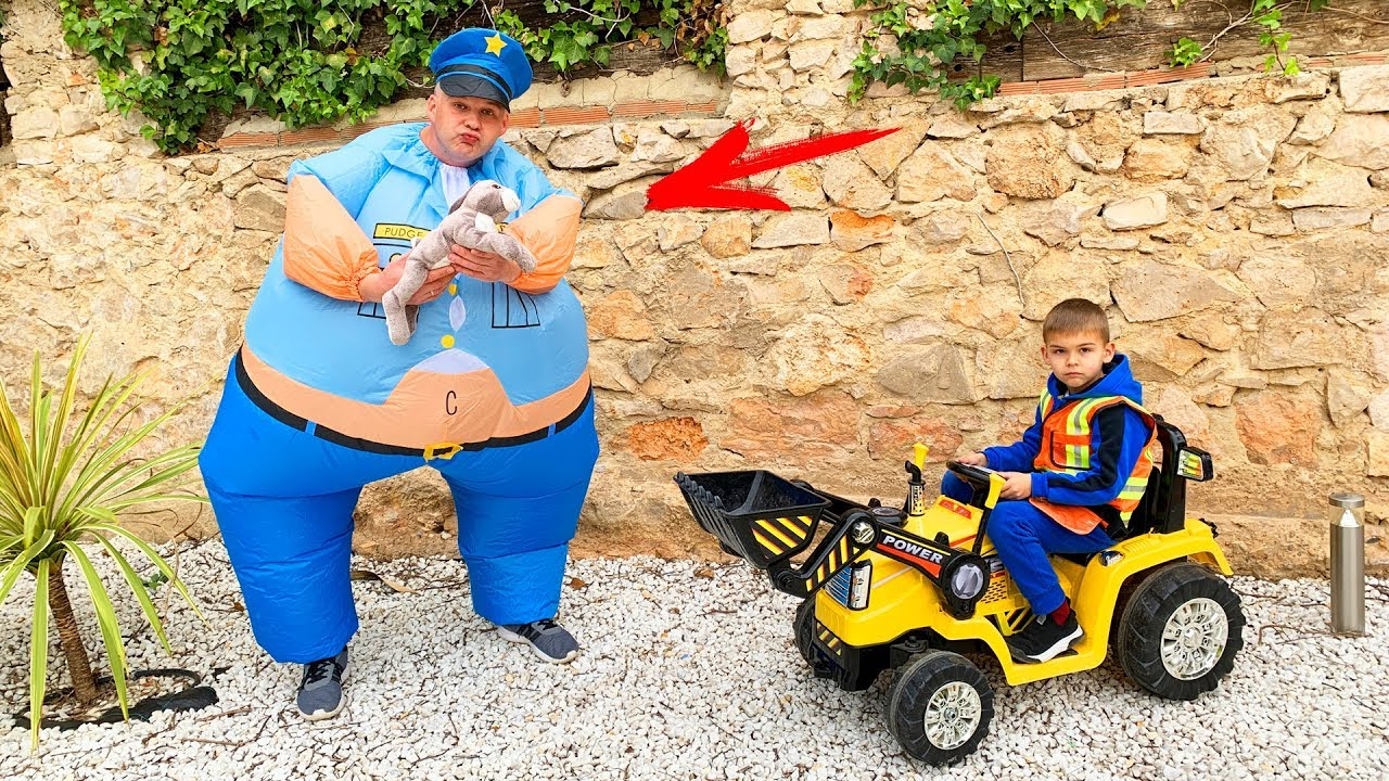 Щенячий Патруль Скай потрапила в халепу - Діма і Папа грають в поліцію / Pretend play Police