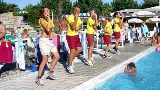 Dance in water - Camping Riccione 2009 / Balli Di Gruppo - El Tipitipitero