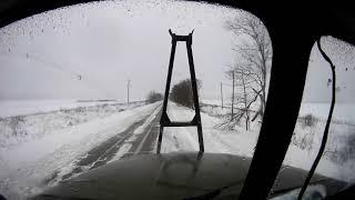 Урал 5557 лесовоз. Дорога зимой. thumbnail