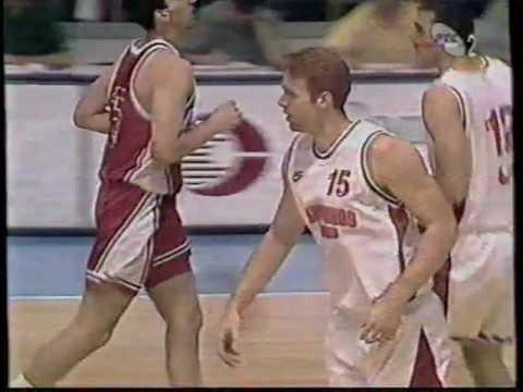 Olympiakos 77  vs  Crvena Zvezda 70 ( 1997. Belgrade Trophy )