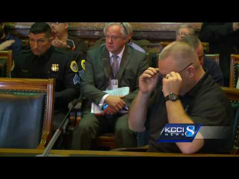 State workers make emotional plea against collective bargaining bill