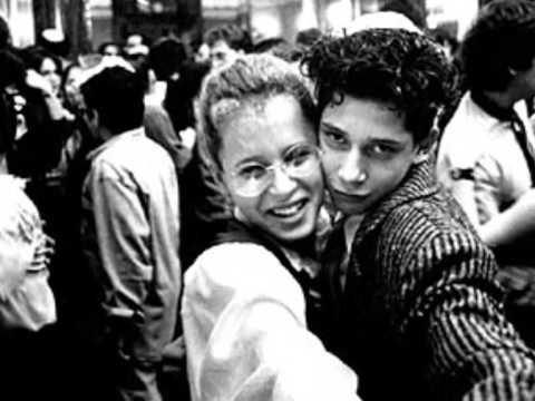Yiddish Song -  Belz, Mayn Shtetele Belz