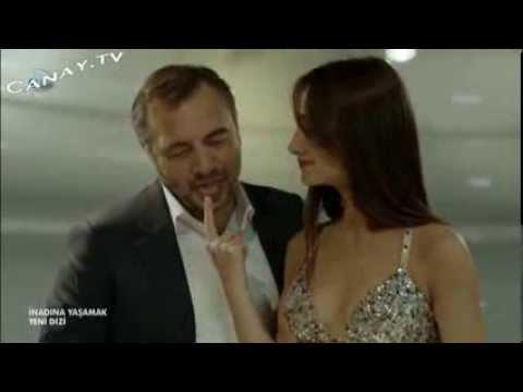 Annesiyle babası seks yaparken izleyen liseli  Türk porno