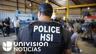 Incertidumbre entre las familias de los arrestados en la redada de una fábrica en Texas