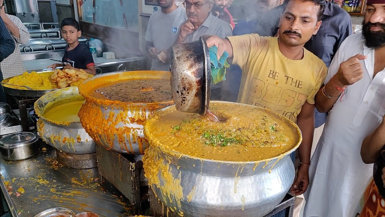 Download Famous Dal Pakwan of Ulhasnagar | Sindhi Breakfast | Indian Street Food