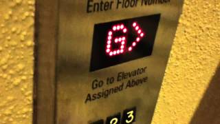 New York, NY: Westinghouse Traction Elevators (Schindler Mods) @ Marriott Marquis (10:15pm Run)