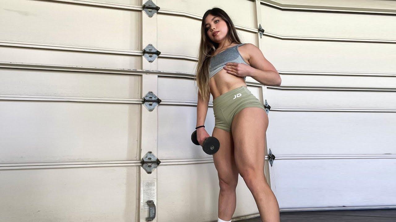 Squat Basics (Cheyenne Gonzalez)