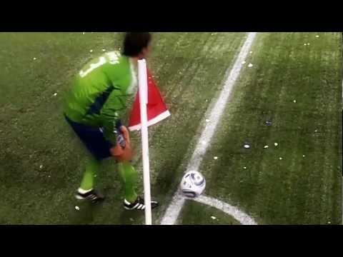 Seattle Sounders,  Brad Evans Corner Kick
