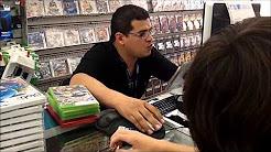 viernes en plaza forum culiacán (vendiendo videojuegos) HD