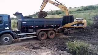 Escavadeira CAT 315D