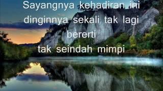 Meniti Perjalananwith lyrics