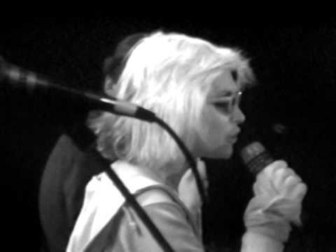 Blondie - Dreamin' - 7/7/1979 - Convention Hall