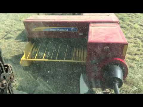 New Holland Bc 5050 And Hoelscher Accumulator In  Orchard Grass